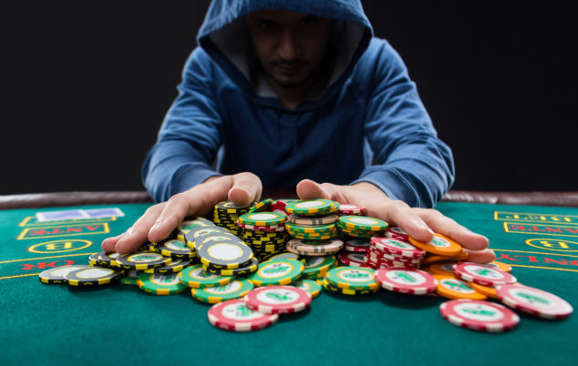 The Appeal Of Poker Game